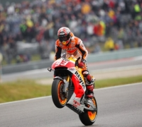 Fantastic Marquez maintains winning form in complicated TT race