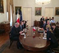 EU's Brexit chief negotiator vouches to protect EU27 unity