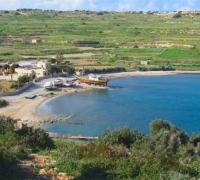 Swimmer dies at Mistra Bay