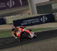 Márquez secures pole for MotoGP opener in Qatar