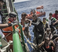 Migrant rescue NGOs at loggerheads over Italian code of conduct