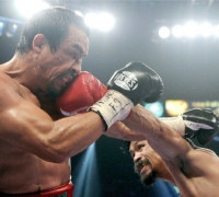 Pacquiao defeats Marquez in controversial decision