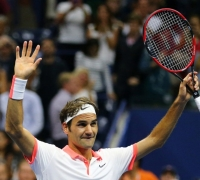 Immaculate Federer crushes Wawrinka to set up Djokovic clash