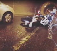 [WATCH] Six motorcyclists skid in Santa Venera due to diesel spill