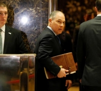 Trump to nominate climate change sceptic Scott Pruitt to lead US environmental agency