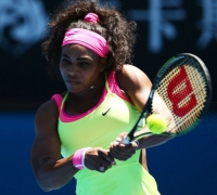 Australian Open women - Serena starts slowly but reaches fourth round
