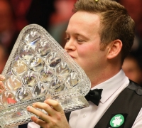 Shaun Murphy thrashes Neil Robertson to win Masters