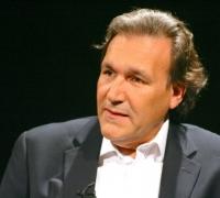 Forced retirement for cardiac surgeon Albert Fenech riles patients