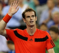 US Open: Murray late show sees off Llodra