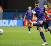 Dutch clinch third place with 3-0 win over miserable Brazil