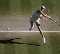 Bouchard hopes to wrap up business in Wimbledon final