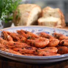 [WATCH] Grilled brandy prawns