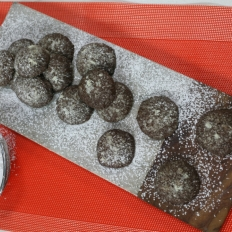Chocolate volcano cookies
