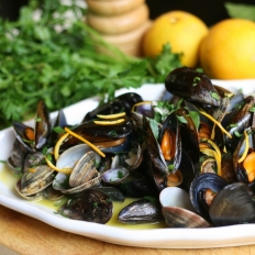 [WATCH] Mixed shellfish in orange and ginger