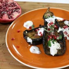 [WATCH] Roasted aubergine with yoghurt dressing