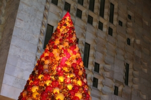 [IN PICTURES] The 7-metre Mdina Glass Christmas tree is back in Valletta