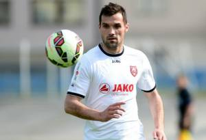 [WATCH] Croatian footballer Bruno Boban collapses and dies during a match