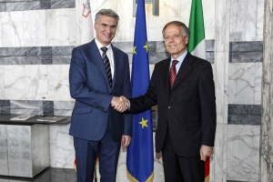 Maltese and Italian foreign ministers discuss migration, strengthening relations