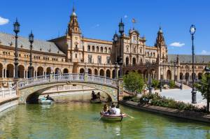 Seville | Tapas, toros and traditions