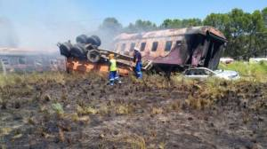 14 dead and over 100 injured in South Africa train crash