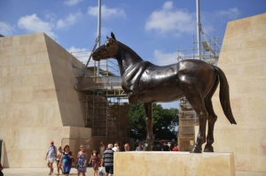 'Zieme' sculpture removed from Valletta