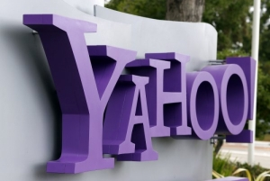 Yahoo probes hacker's claims of massive data breach