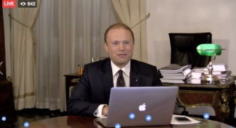 Muscat accuses Busuttil of personally requesting hotelier to pay PN officials' salaries