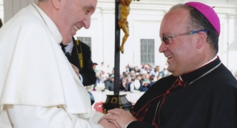 'Seminarians can leave if they don't agree with Pope', Archbishop warned novices