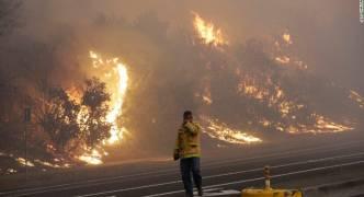 [WATCH] California wildfires: at least 10 killed in 'unprecedented' blaze
