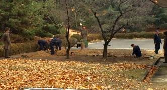 North Korea: area where soldier escaped being fortified