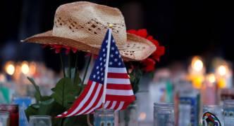 Las Vegas shooting: gunman shot security guard six minutes before killing spree