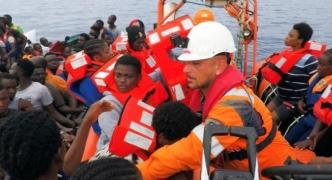 Hundreds rescued off Libya's coast