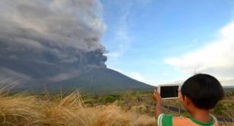 [WATCH] Bali: Mount Agung alert raised to highest level possible