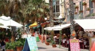 Planning al fresco platform? Restaurants must cough up €4,192 for each parking space lost