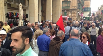 [WATCH] Civil society holds protest calling for Mizzi, Schembri resignations
