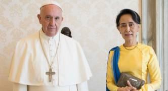 Pope Francis begins Myanmar trip