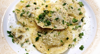 Homemade ravioli with Jerusalem artichokes
