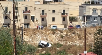 Car slides down Wied Ghomor, infant among passengers