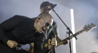 Linkin Park lead singer Chester Bennington dies in suspected suicide, aged 41