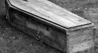 The carpenter of coffins