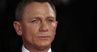 Daniel Craig confirms James Bond return