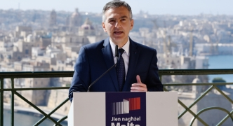 [WATCH] PN proposes 10% income tax on earnings up to €20,000