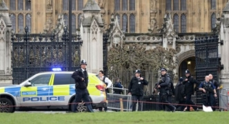Updated   Five dead including police officer and attacker in London terror attack