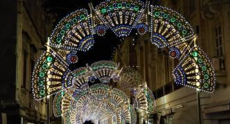 Valletta ushers in the Christmas spirit with Christmas street light installation