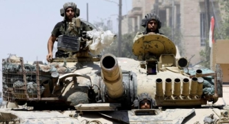 Iraqi forces push into Mosul Old City, warn ISIS 'surrender or die'
