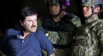 Extradited Mexican drug lord 'El Chapo' arrives in US