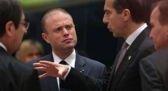 Updated   Brexit gets EU leaders' green light