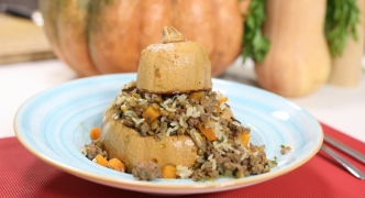 Stuffed squash with lamb and lentils
