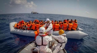 Spain rescues 600 people at sea in busiest day
