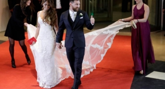 Lionel Messi marries childhood sweetheart, Antonella Roccuzzo